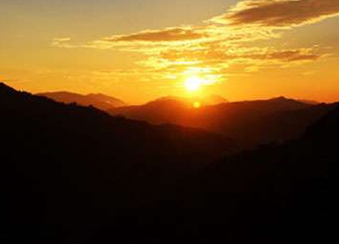 Experience The Live sunrise View in Nepal