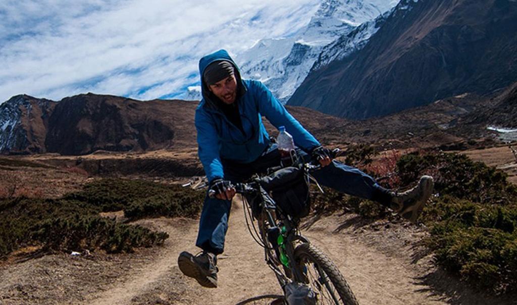 Annapurna Circuit Biking tour