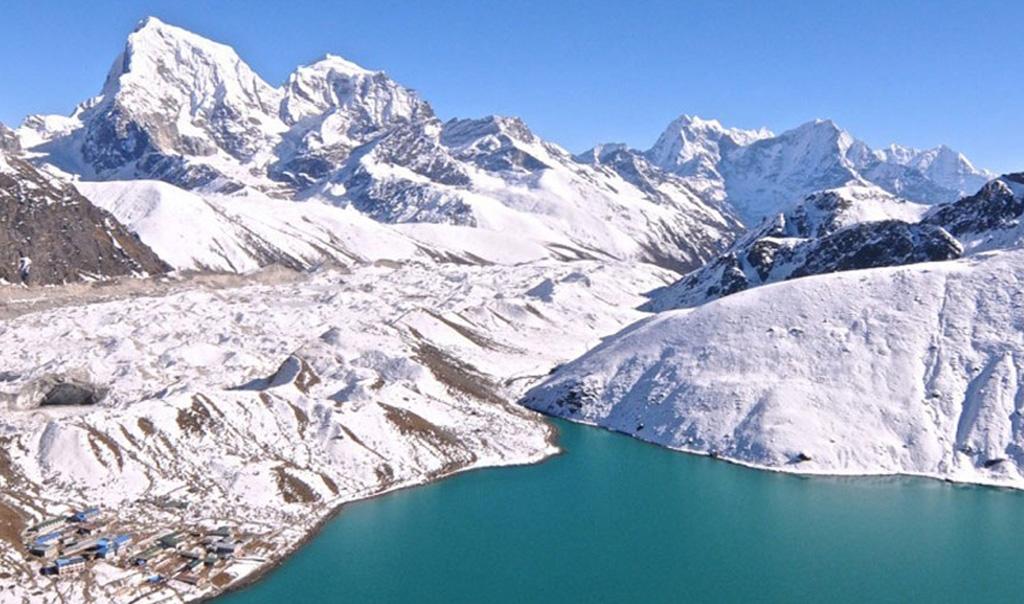 Gokyo Valley Trek with Everest Base Camp